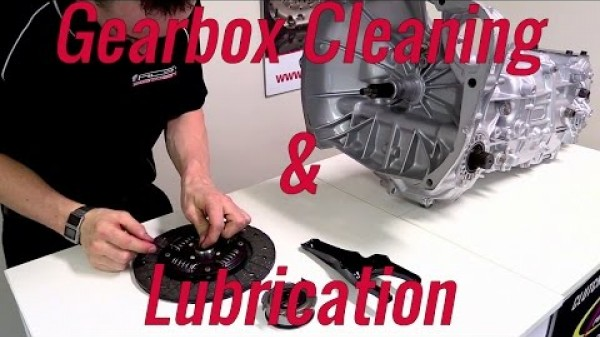 Gearbox Cleaning and Lubrication Guide